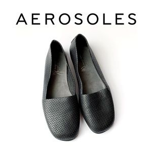 Aerosoles Comfortable Slip on Loafer style shoes